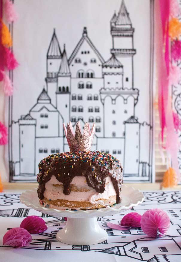Half naked cake para festa Princesa