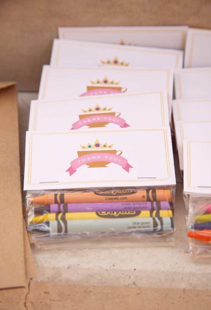 Kit colorido como lembrancinha para festa Princesa