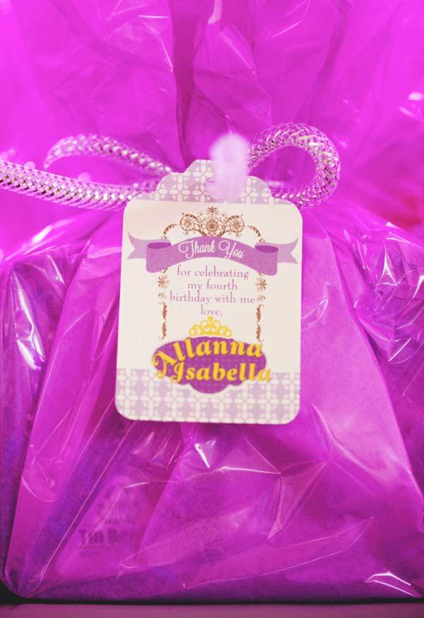 Saquinho surpresa para lembrancinha de festa Princesa