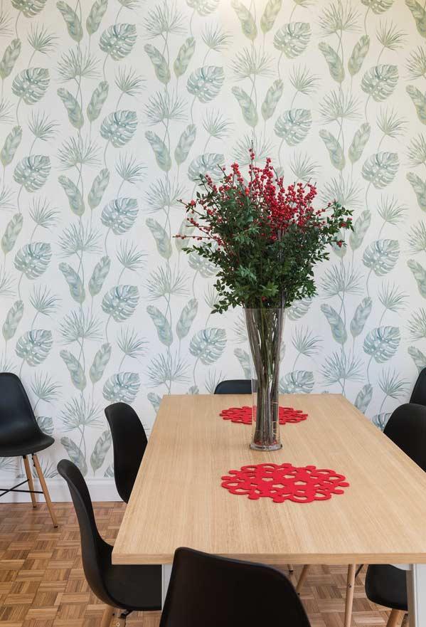 Papel de parede natureza na sala de jantar
