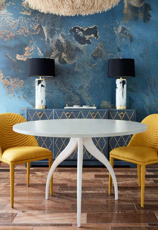Papel de parede azul no padrão manchado para sala de jantar