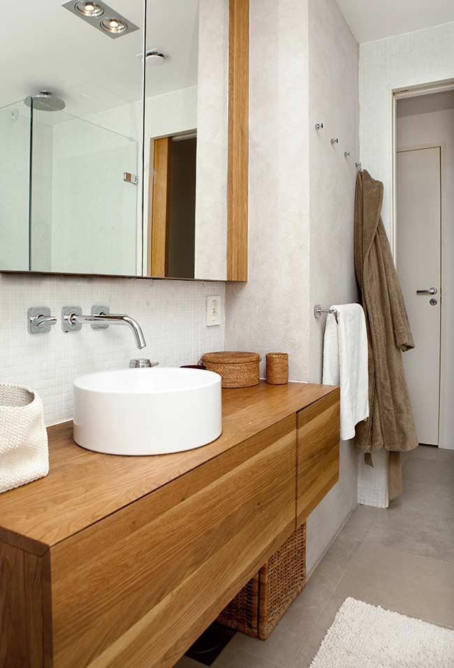 Armário de banheiro com cuba de apoio
