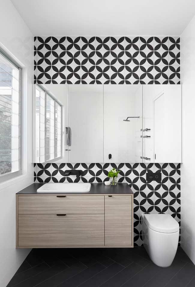 Armário de banheiro simples com cuba