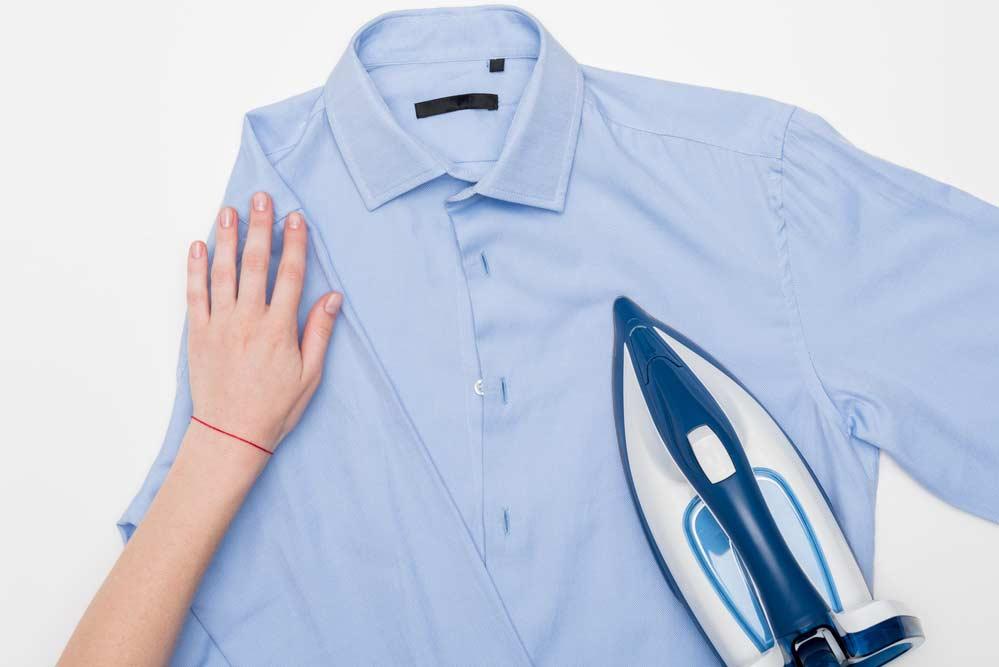 Como passar camisa social: frente da camisa