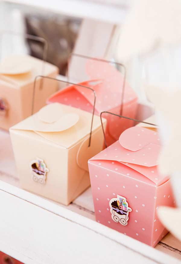 Lembrancinha de chá de bebê: caixinhas diferentes