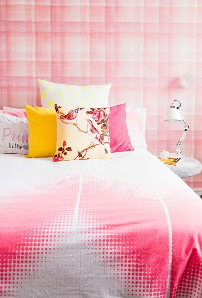 Papel de parede até a cama