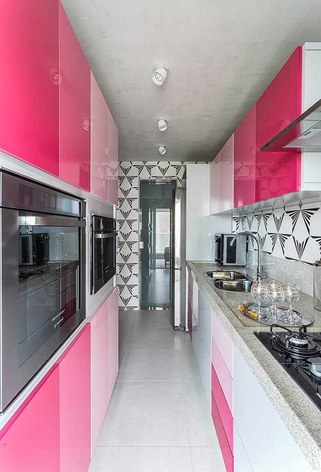 Degradê de rosa nos armários