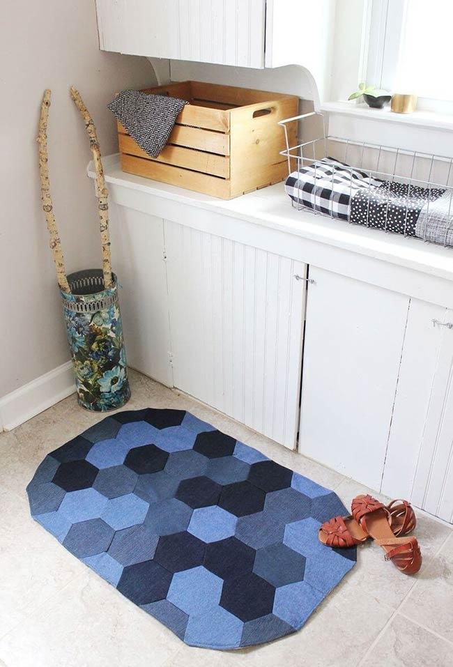 Tapete de banheiro estilizado
