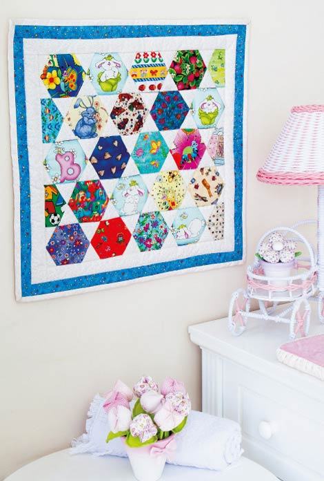 Quadro decorativo com patchwork