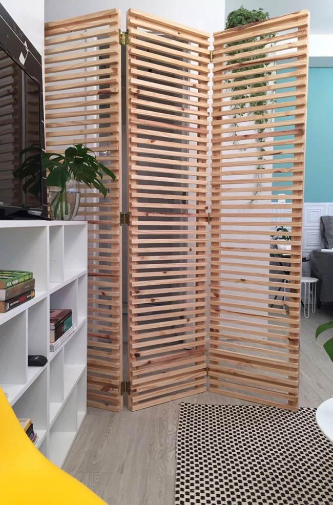 Biombo com madeira
