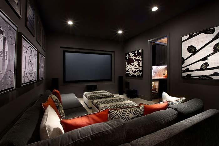 Cinema em casa de canto