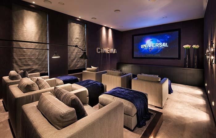 Cinema em casa pensado em todos os detalhes