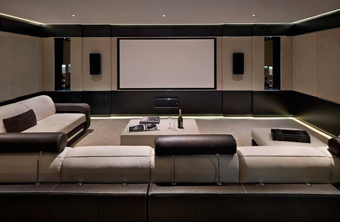 Cinema em casa formal