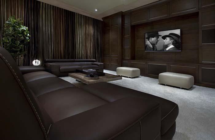 Sala cinema em casa clássica