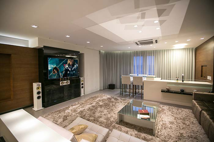 Sala de cinema com home theater