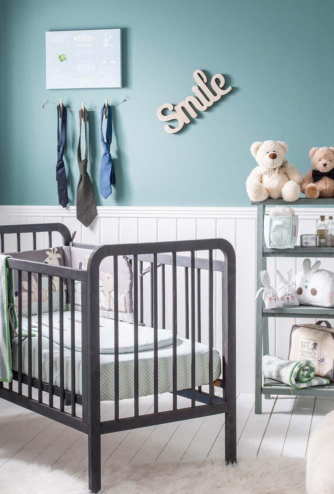 Quarto de bebê simples com estilo minimalista