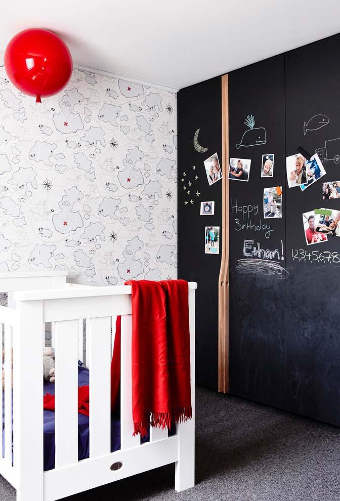 Tinta de lousa para porta de armário