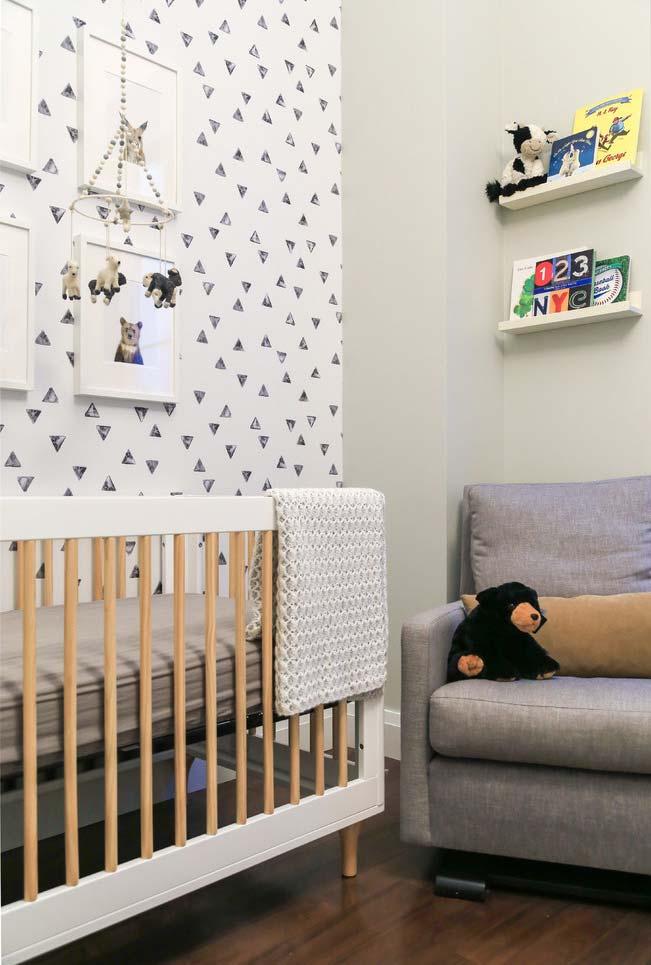 Papel de parede no quarto do bebê