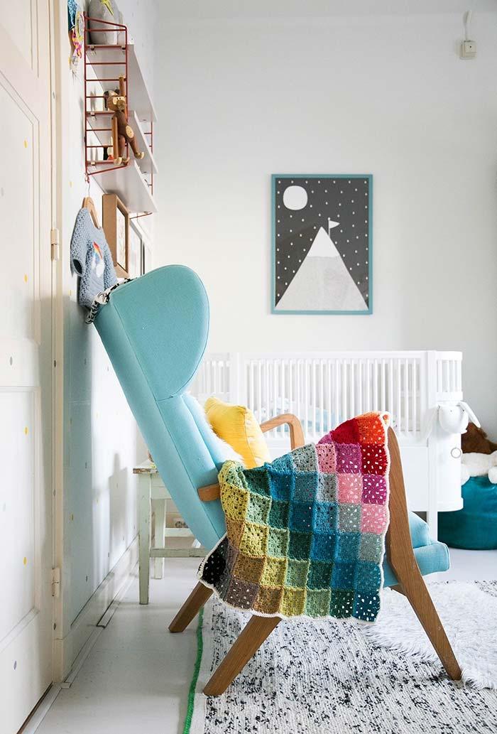 Cadeira de amamentação para quarto de bebê