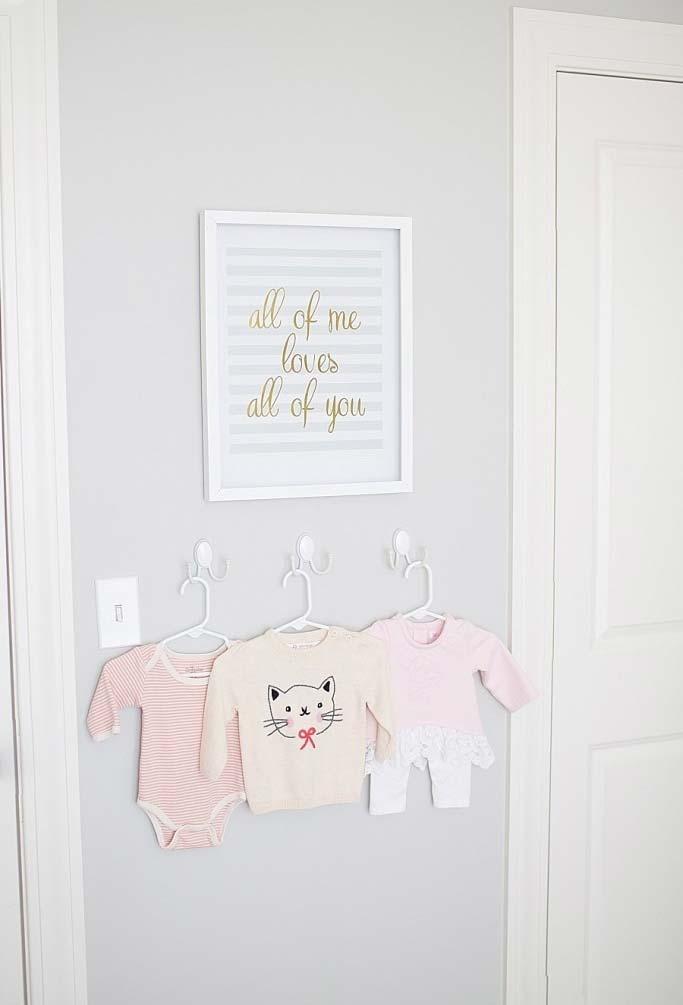 Quadrinhos para quarto de bebê simples