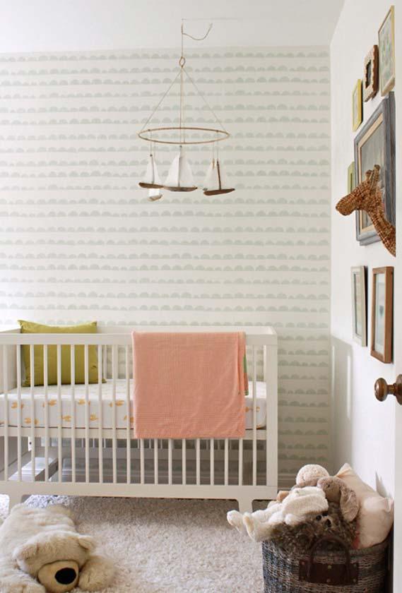 Decoração de quarto de bebê simples e clássica