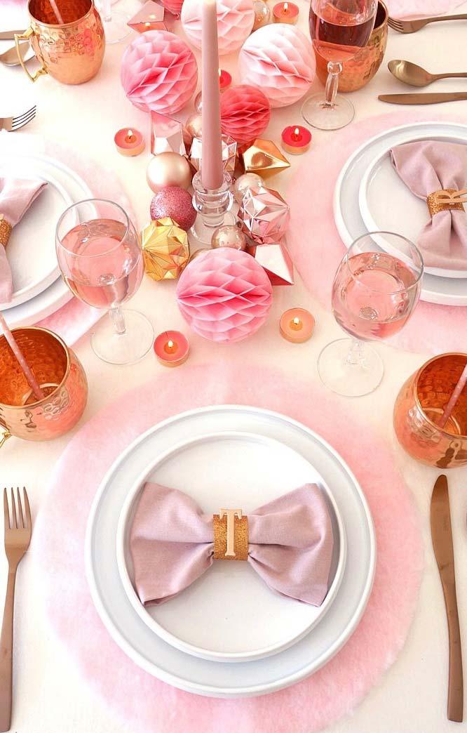 Decoração de debutante rosa e lilás