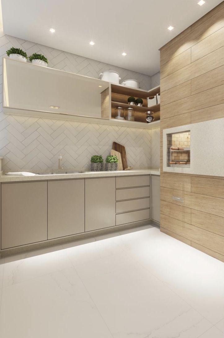Porcelanato madeira revestindo parede da cozinha