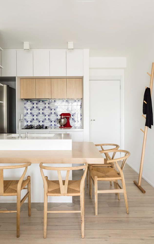 Ambiente clean com porcelanato madeira