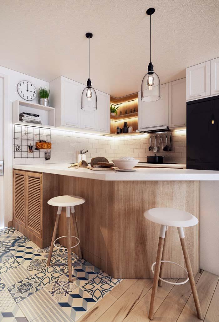 Cozinha planejada pequena com muito estilo