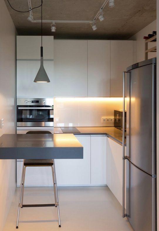 Cozinha planejada pequena no estilo industrial