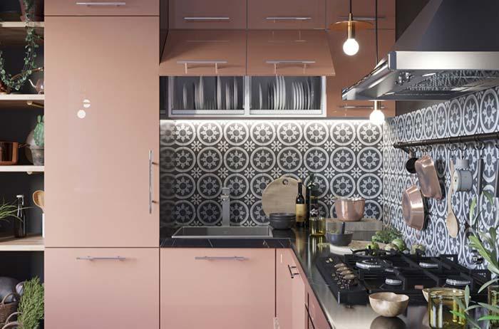 Cozinha pequena rosa e preta