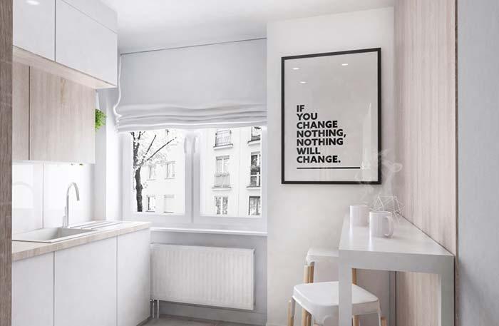 Cozinha planejada branca e clássica