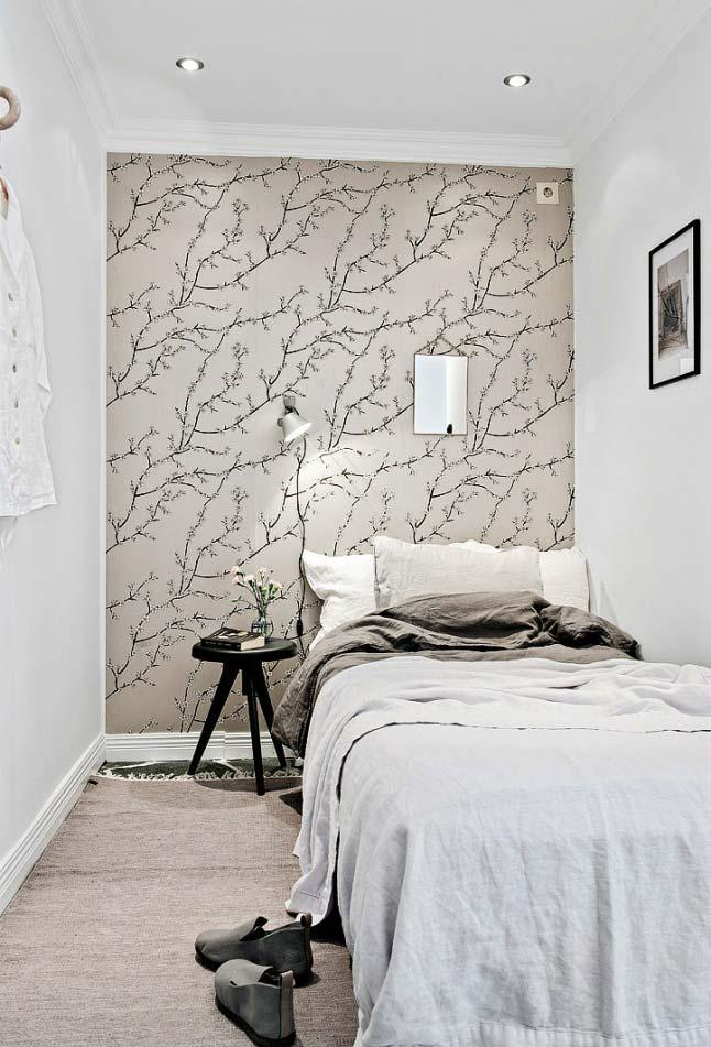 Papel de parede no quarto pequeno
