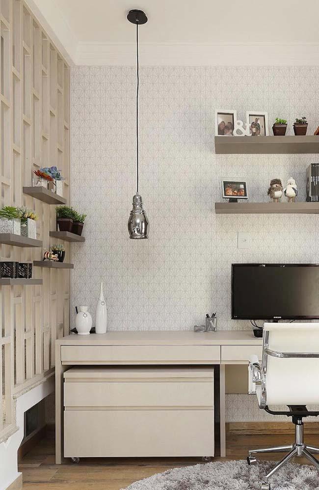 Home office com papel de parede
