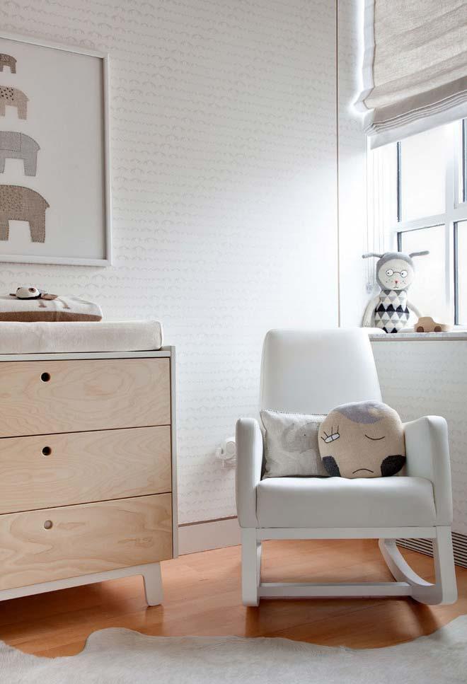 Cadeira de balanço para o quarto do bebê