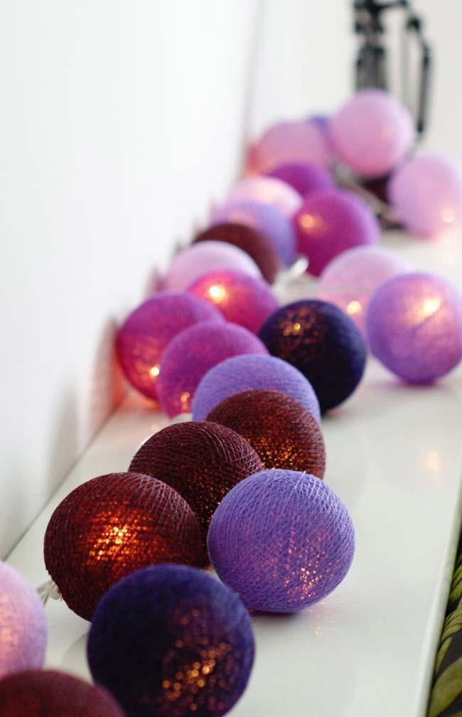 Luminária de barbante para decorar a casa no Natal