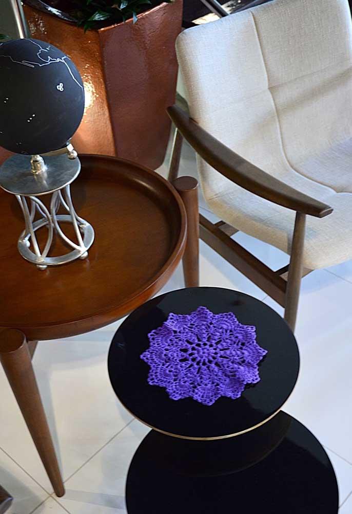 Olha que mimo que ficou esse mini centro de mesa. Combinou perfeitamente com o tamanho da mesa.