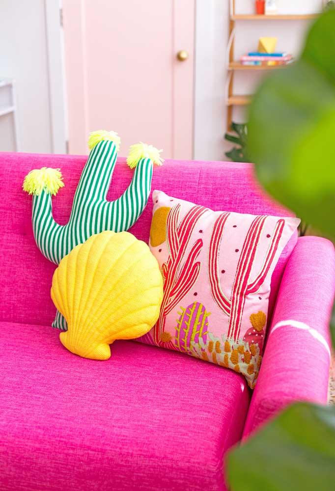 Você pode brincar com as cores e elementos na hora de fazer a decoração da sala.