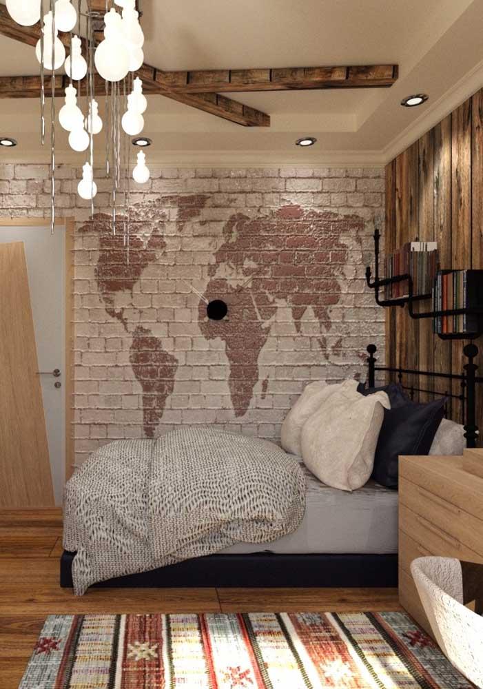 Linda e criativa inspiração: a cor natural dos tijolinhos serviu de base para o desenho do mapa mundi