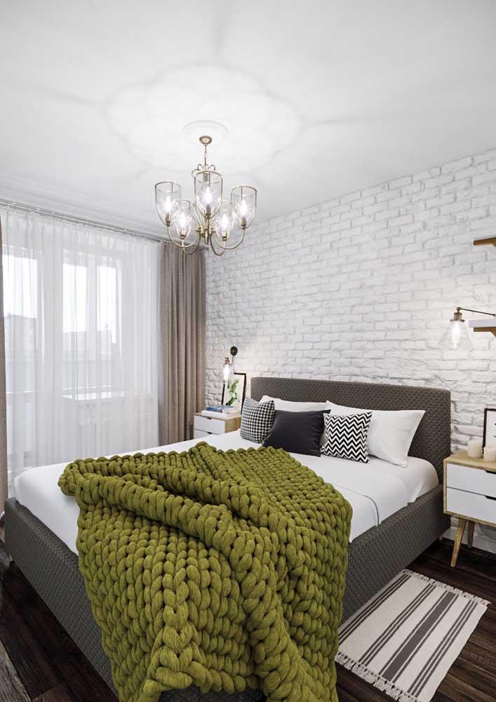 Parede de tijolinhos brancos para o quarto do casal: rústico e romântico ao mesmo tempo