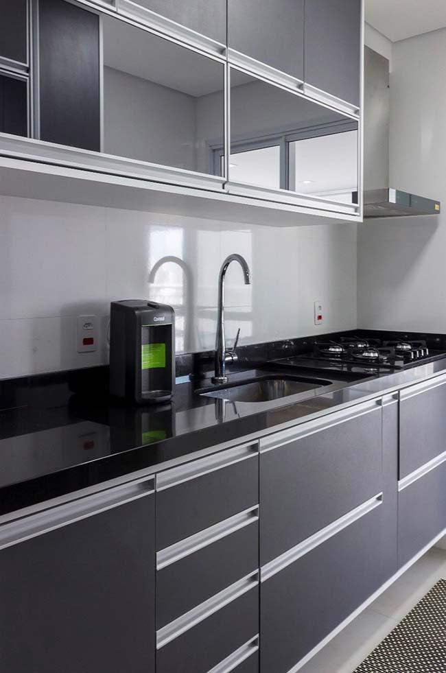 Granito Preto Absoluto para uma cozinha de estilo clean