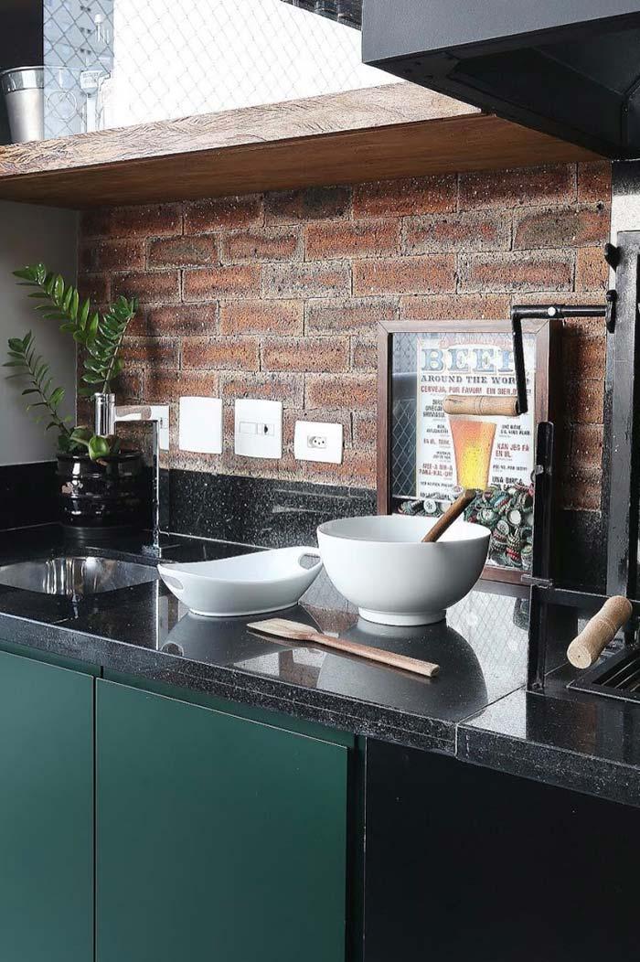 Granito São Gabriel em um projeto de cozinha mais rústico