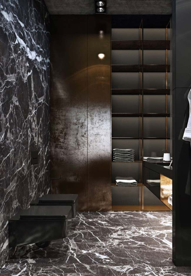 Granito Preto Indiano revestindo o banheiro