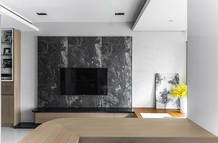 Painel de TV com granito Preto Indiano