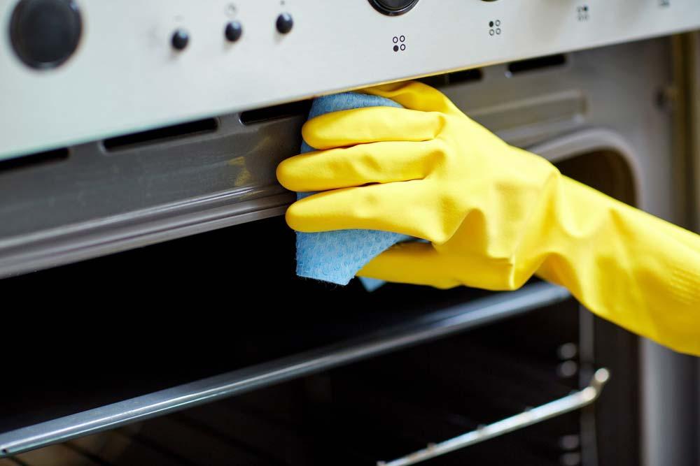 Limpe o forno