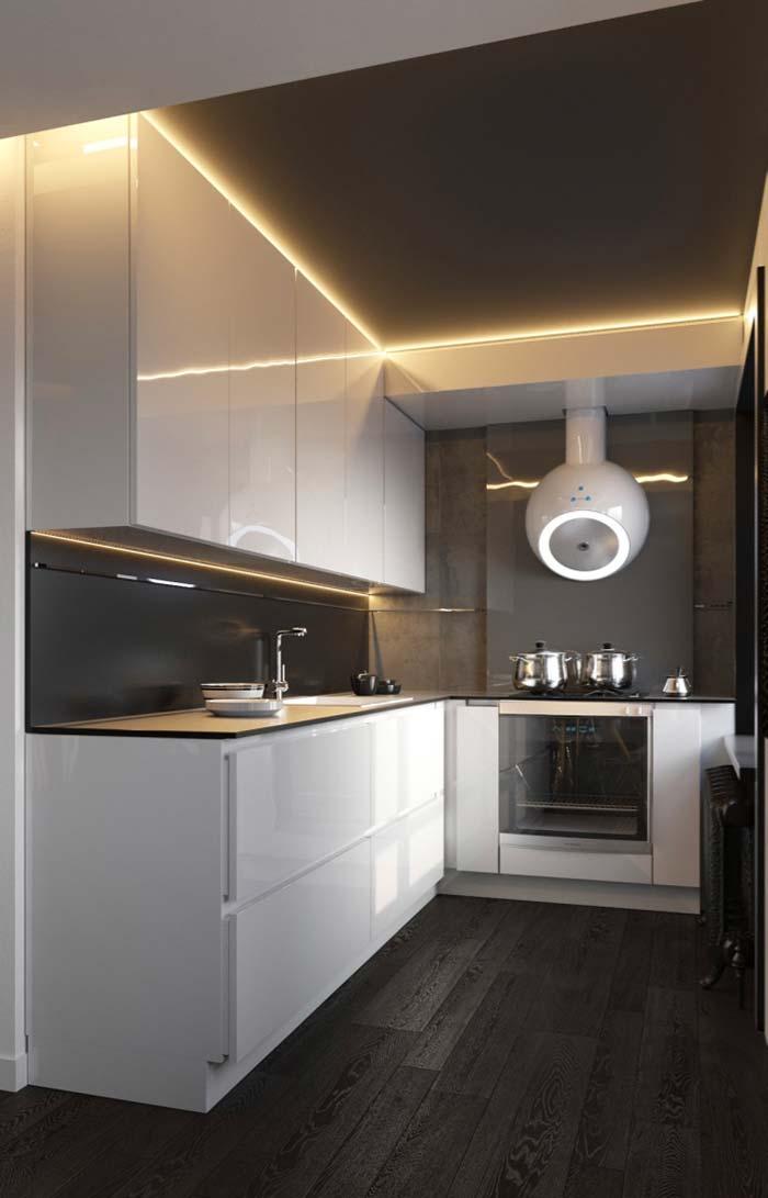 Branco para iluminar a cozinha preta e branca