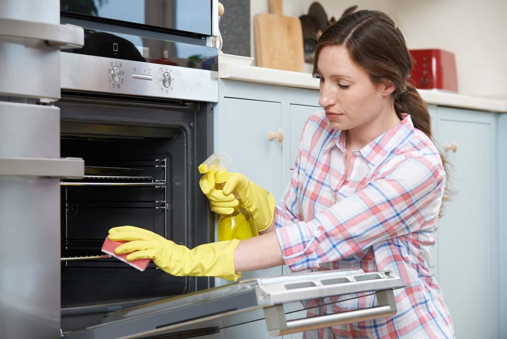 Como limpar forno: tipos de forno