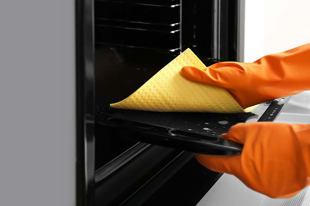Manutenção e limpeza do forno de cozinha