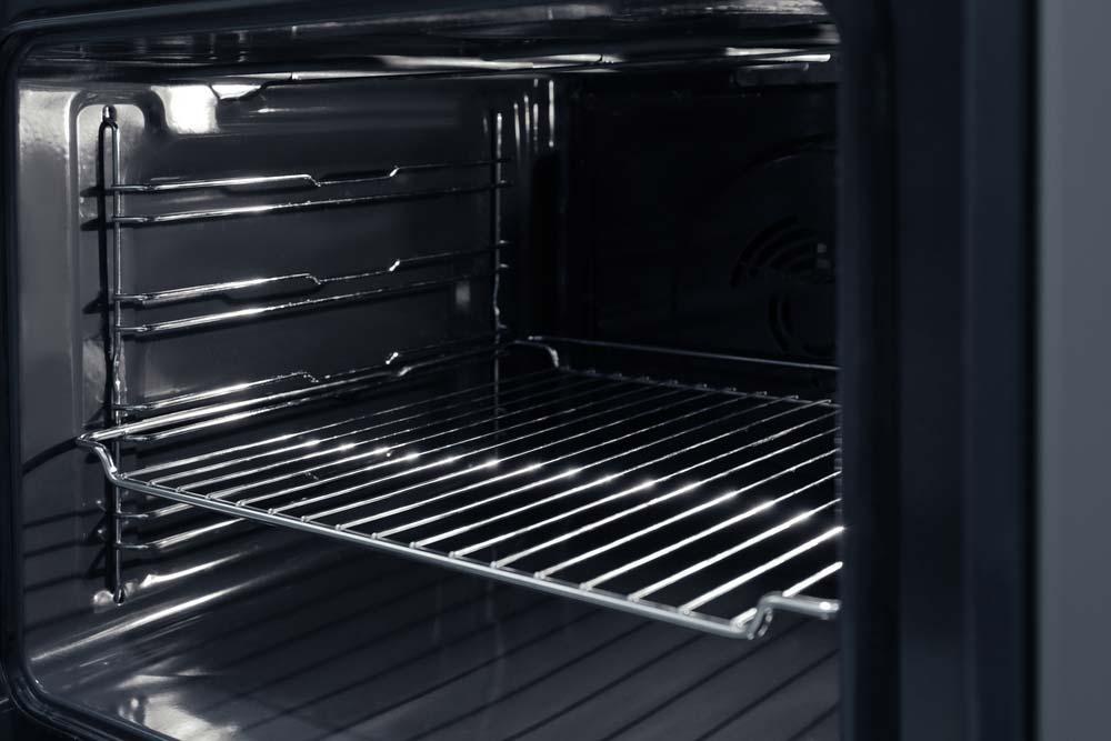 Limpeza de grelhas e bandejas de forno