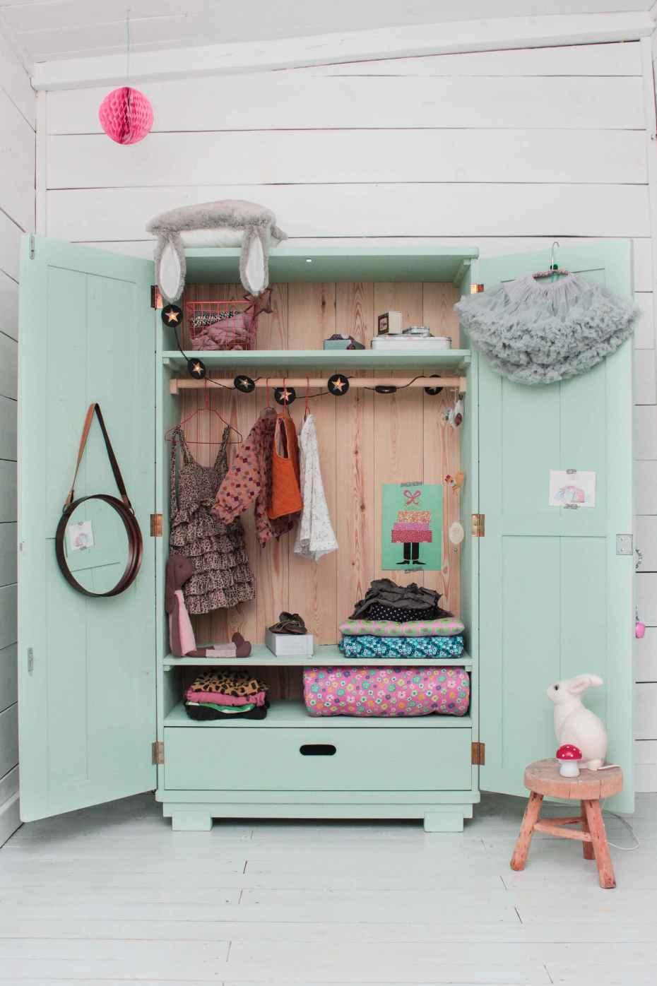 Closet infantil azul pastel